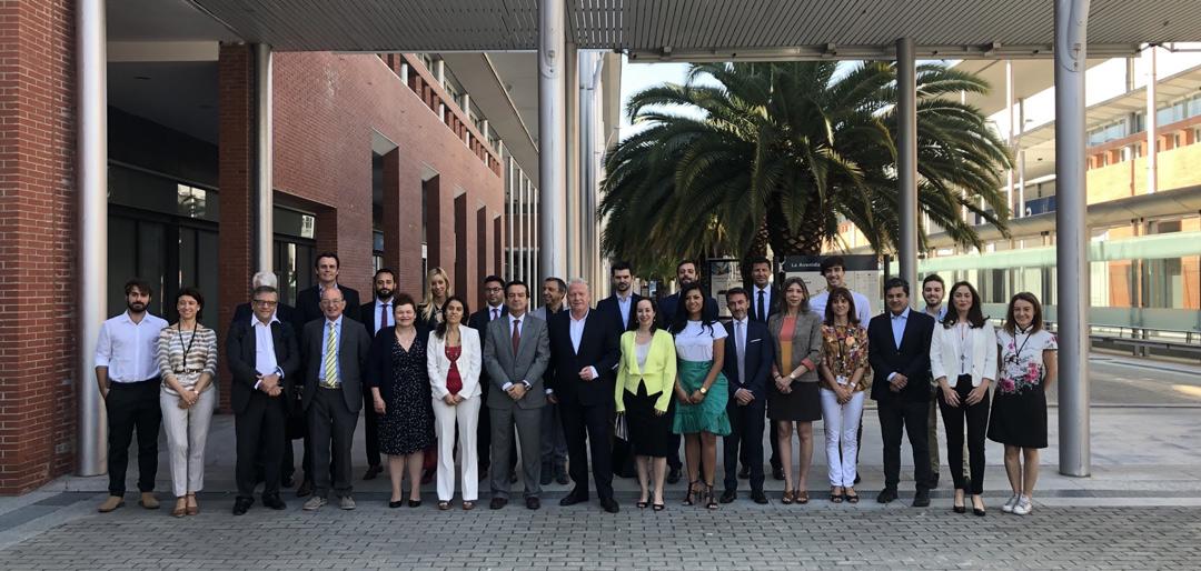 Reunión de delegados internacionales de ifema