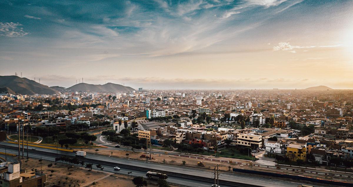 NUEVOS ESCENARIOS, NUEVAS OPORTUNIDADES: INTERNACIONALIZACIÓN PARA LAS EMPRESAS PERUANAS
